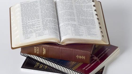 Some people think Mormons aren't really Christians, but Bible and Book of Mormon verses can actually be pretty hard to distinguish. Think you would know the difference? See if you can tell the difference between these 16 scriptures!
