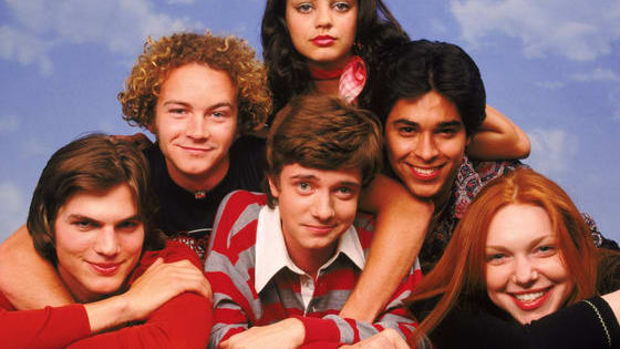 Would you be down for a reboot of the sitcom?? Let us know!