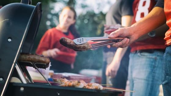Do you stick to beer and hot dogs or prefer a nice spinach dip? www.trazeetravel.com