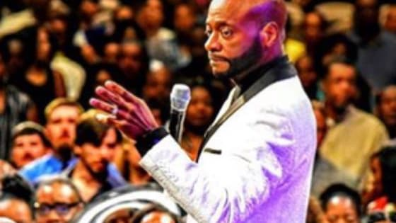 What do you think about Bishop Eddie Long's health? Is he sick? http://tinyurl.com/hldltdl