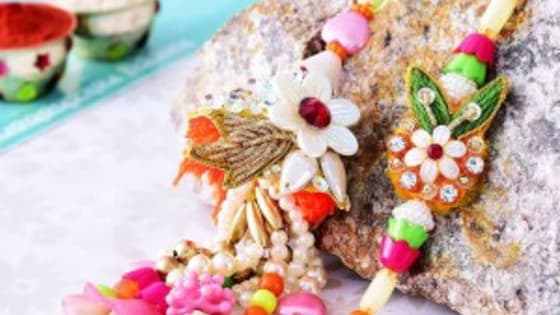 Learn how to send rakhi online and rakhi gifts for brother.