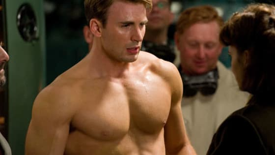 Okay, so we already know that Chris Evans is the hottest guy EVER but these are the perfect moments from him...