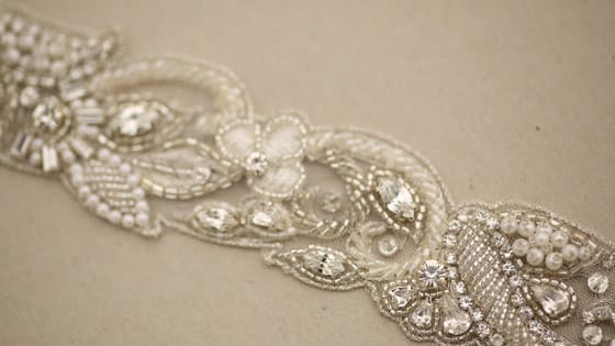 This article is about the combination between bridal dress and accessories.