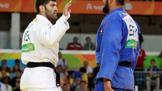 Defeated Egyptian judo star REFUSES to shake hands with Israeli rival following Rio Olympics bout after fans warned him not to 'shame Islam' by taking part Islam El Shehaby refused the customary post-match ritual after losing to Or Sasson  http://www.iplaybuzz.com