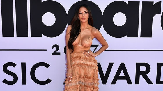 The 2017 Billboard Music Awards Magenta Carpet saw some incredible fashion moments. We want to know which guests rocked the best looks, so we're turning to you!