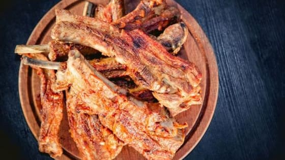 Are you a ribs or brisket kind of person? www.trazeetravel.com