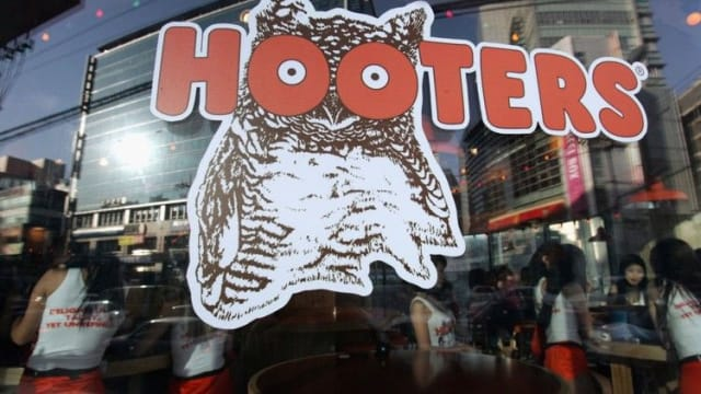 Best known for its all-female, booty-shorts-clad waitstaff, Hooters is about to try something new, opening a new restaurant that will employ both male and female servers and get rid of the tight uniforms. What do you think of this bold move?