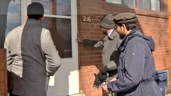 Thousands of members of the largest Canadian Muslim youth group, the Ahmadiyya Muslim Youth Association, are going door-to-door to talk about what Islam actually is with their neighbors. Find out more here!