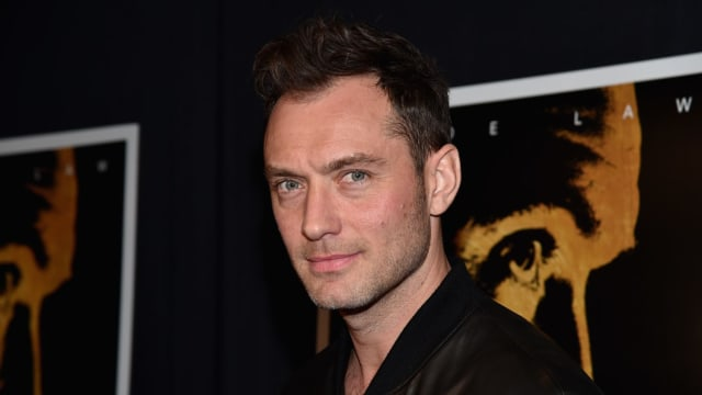 Are you ready to see Jude Law as the beloved Hogwarts professor?
