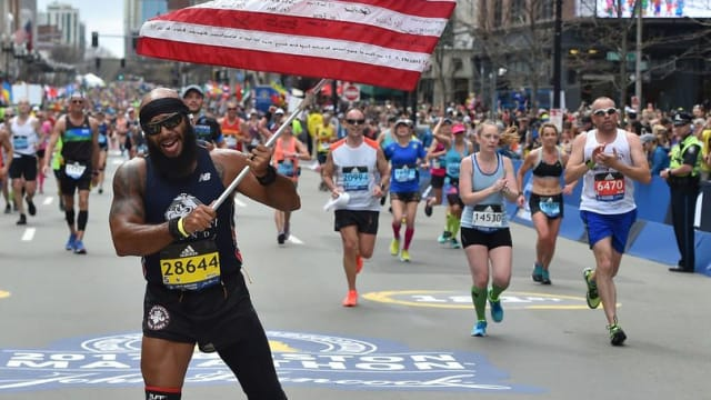 Veteran Marine Jose Sanchez lost his leg in 2011 in Afghanistan, but now he's finally back on his feet and running marathons to inspire amputees everywhere. Find out more here.