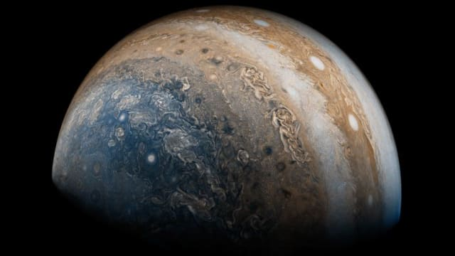 NASAts Juno spacecraft just sent back some truly astounding photos of Jupiter that show us a world unlike anything we had previously imagined. Find out more here!