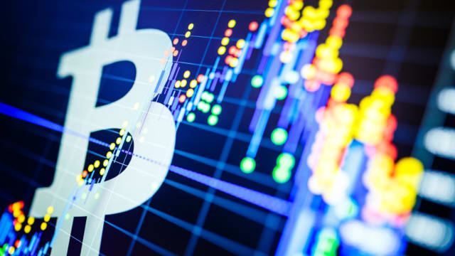Investing has never been easier through social trading with eToro.