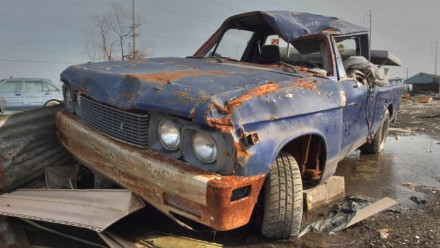 You can junk a car for cash easily nowadays with so many different ways to sell a junk car. No matter in what condition your junk car is you can make the most out of it. To get maximum profit you need to find the best place to sell your junk car.