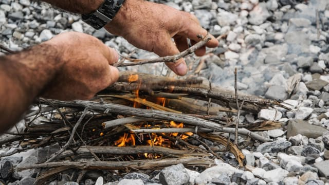 A campfire can be one of the most relaxing ways to enjoy the great outdoors. You don't need lighter fluid or starter logs to making one either. Are you ready to learn how to build your own roaring campfire?