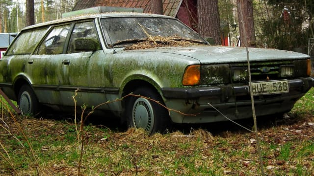 The local junk cars buyers can help you in many ways other than buying junk cars for cash. If you are in need of replacement or used parts for your car, a local junk car buyer might help. When you take your vehicle for routine maintenance and servicing, the overall expenses may be huge.