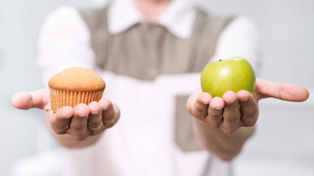 After years of trying, you've probably wondered why diets don't work. Well, the answer is clearer than you think. Let's take a look into the reality of weight loss and why diets don't work!