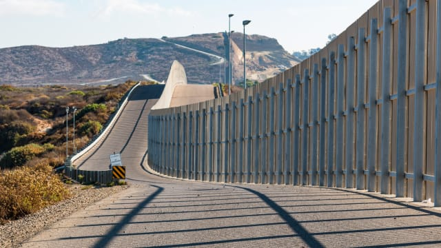 For all the talk and debate about the border wall, how effective would it actually be? Let's take a look at some facts about border walls and how they operate.