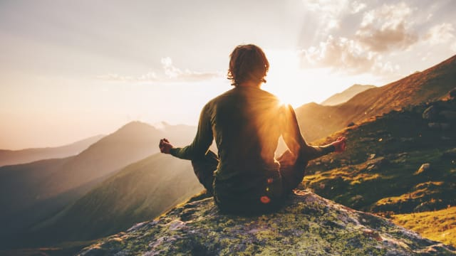 One of the most powerful things you can do to realize your potential is learning to live in the present moment. Here's a quick way to get there.