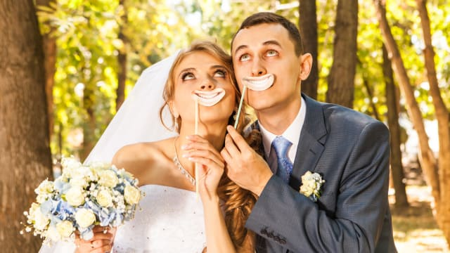 Having a good sense of humor is a MUST for a successful marriage. Not taking things so seriously all the time and being able to laugh together is essential. Here are some very funny quotes on marriage from some very funny people.