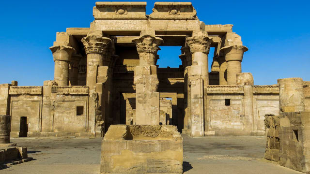 Calling all explorers! If you're looking to travel back in time, then put these cities on your bucket list. These ancient cities are a gateway into the past.