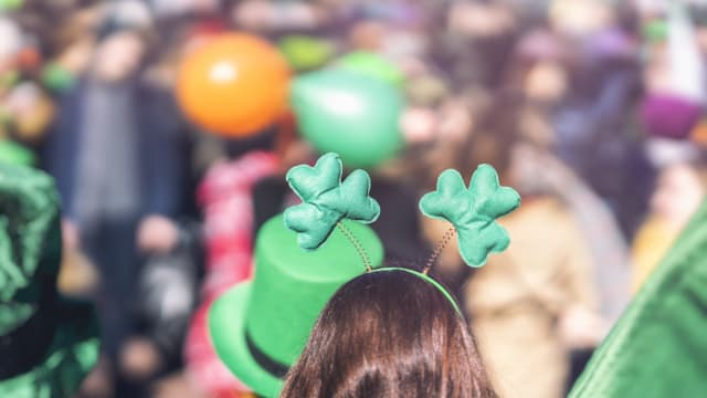 Make a date of your St. Patrick's Day with makeadateofit.com, a blog that makes dates out of the things you already love.