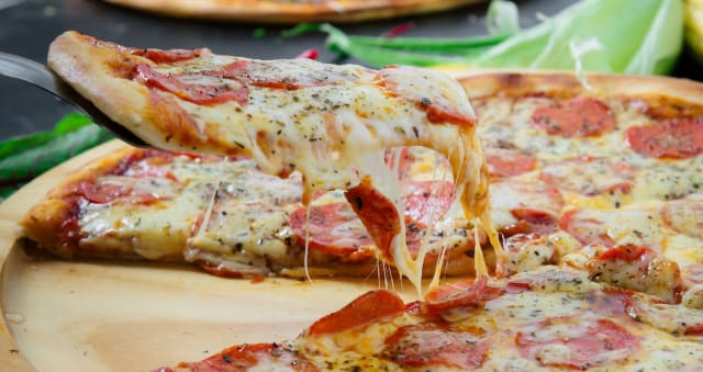 Where Are The Best Pizza Take Aways In Lancashire Leyland