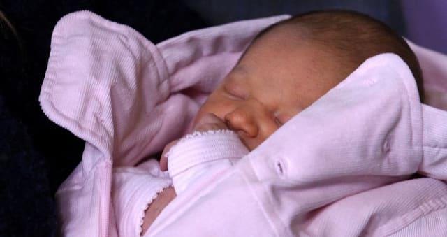 ¿Qué nombre de niña te gusta para el bebé de Alma Bollo?