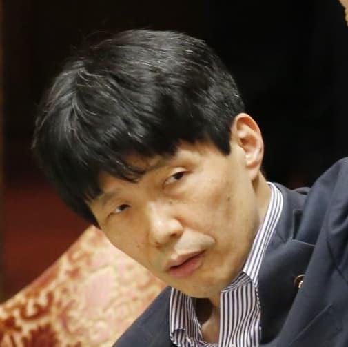 山本一太・参院予算委員長