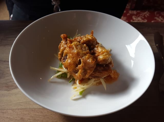 For starters, my wife Amanda chose the Soft Shell Crab with Green Papaya Salad.