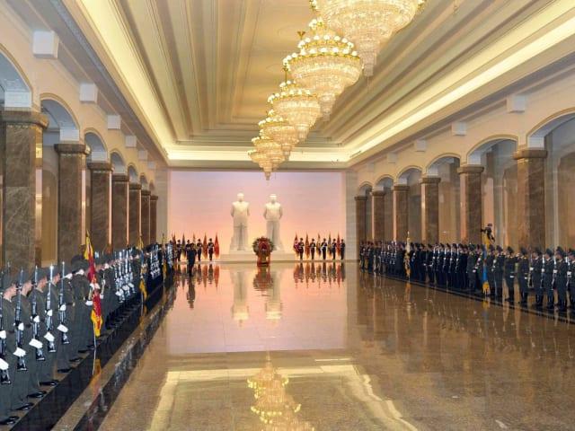 Кымсусанский мемориальный дворец Солнца в Пхеньяне