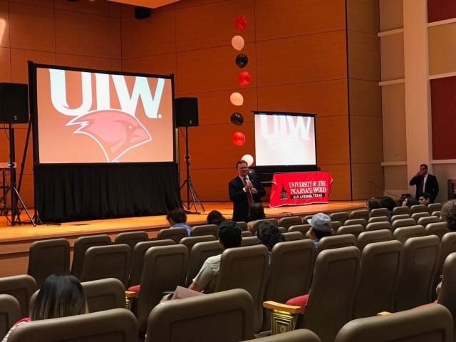 Toma de posesión de Thomas Evans como nuevo presidente de UIW