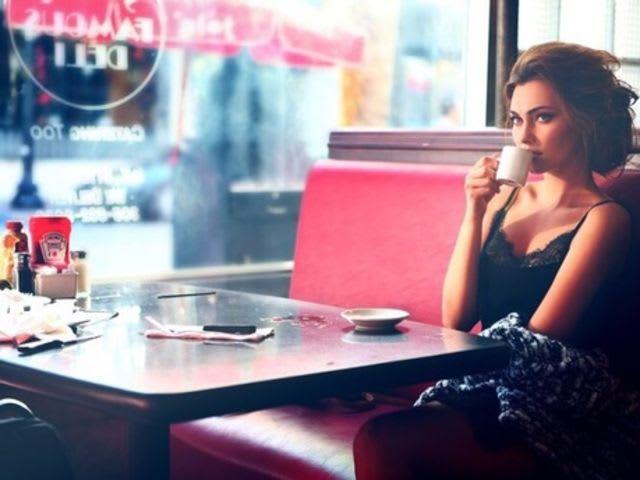 Фотосессия в кафе фото