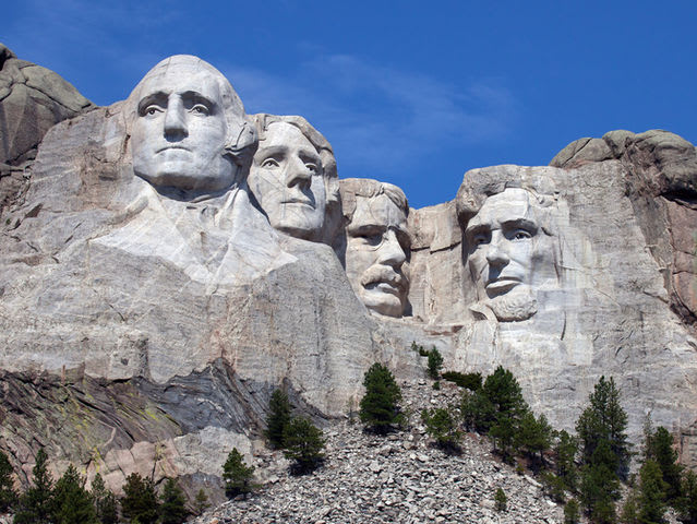 In what state can you find the infamous Mount Rushmore?