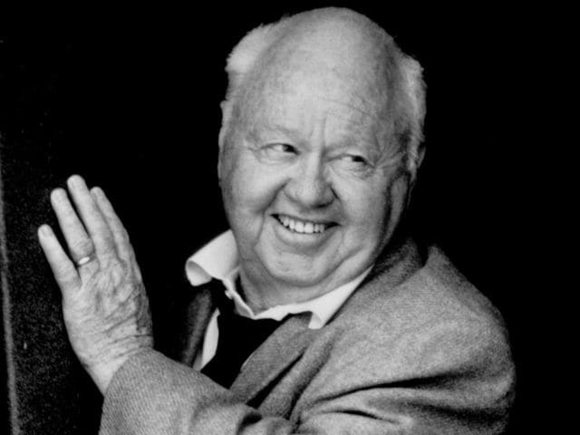 It's actor Mickey Rooney! He served in the armed forces during World War II.