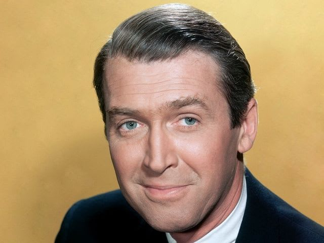 It's actor Jimmy Stewart! He served in the Army as a private.