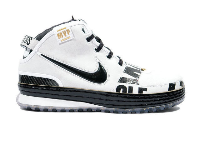 LeBron's first MVP came after a season wearing the Zoom LeBron 6.