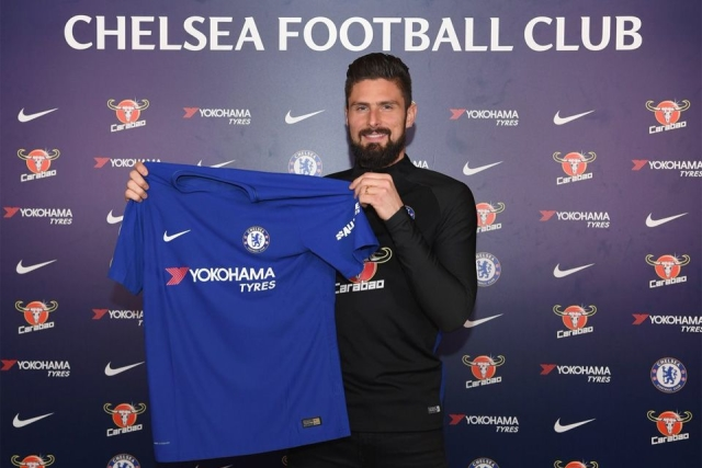 Olivier Giroud: the first player to move from Arsenal to Chelsea since Ashley Cole