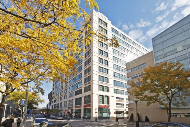 One of Toronto's original and biggest loft conversions, the Merchandise Building lofts sport concrete pillars, massive windows and tall ceilings. Bonus: great facilities!