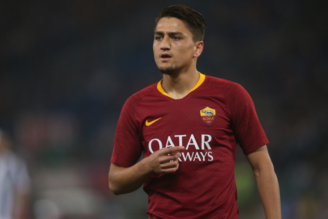 Arsenal have had a £55m bid for Cengiz Under rejected by Roma. The Turkish star is seen as a replacement for Aaron Ramsey who is set to leave at the end of the season. (Fotomac)