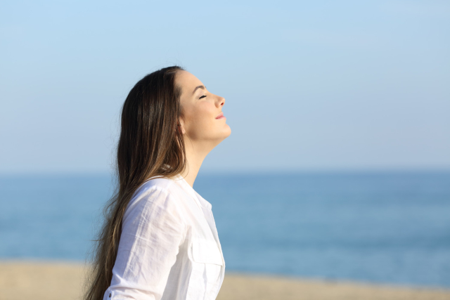Did you know there's a proper way to breathe? Concentrating your breath in your abdomen area will allow your nervous system to naturally relax if you're experiencing anxiety.