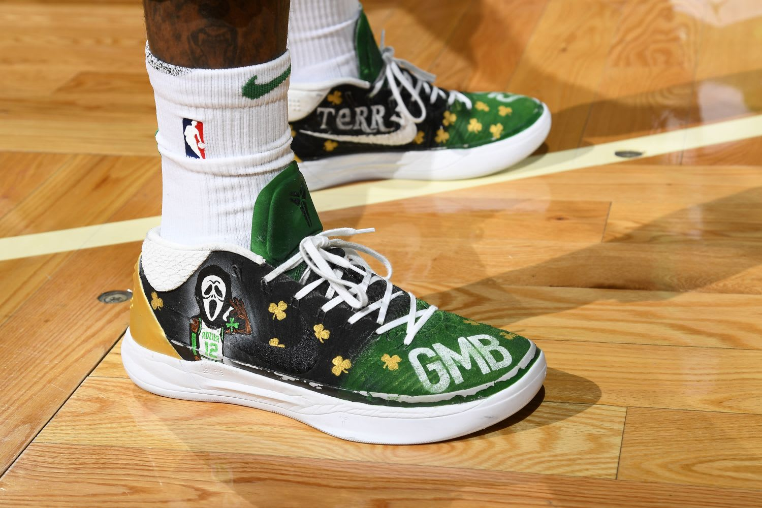 Which NBA player had the best kicks in