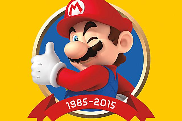 El bigote y la gorra fueron una manera de ahorrar en detalles para los movimientos, pues el juego solo podía mover una figura de 16 X 16 píxeles, por lo que no era posible hacer una figura con todas las características humanas. El bigote ahorraba hacer la boca y la gorra eliminaba la necesidad de que se moviera el pelo al correr. Además, el original de Mario solo podía mostrar un bucle de 3 fotogramas para representar el movimiento, por lo que el overol permitía diferenciar el color del cuerpo y los brazos al correr, que evitaba confundirlos cuando se solapaban.