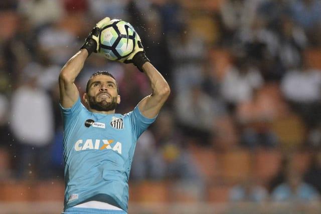 Tite prefere Cássio e esquece de Vanderlei em convocação da seleção  brasileira para Eliminatórias 2018 6ceeb5d8b202c