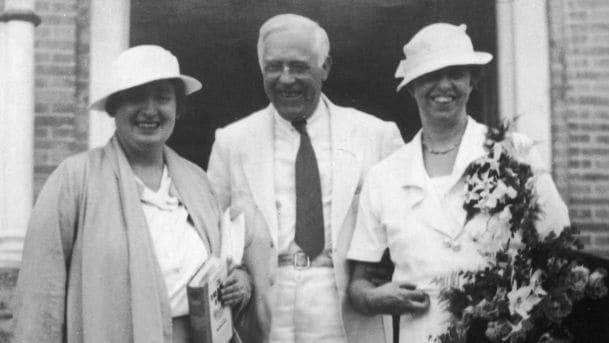 Lorena 'Hick' Hickok con el matrimonio Roosevelt