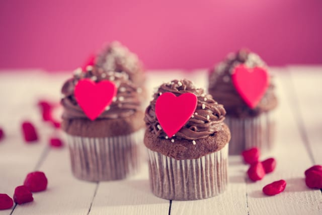 Valentine Cake Delivery Online in India