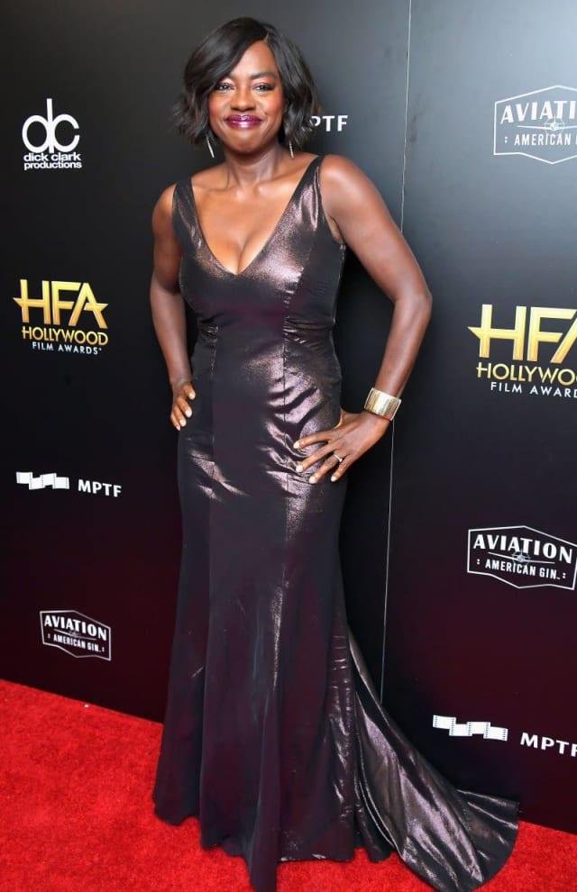Viola Davis looking oh so elegant in a shimmering deep neckline gown.