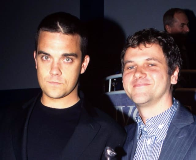 The Story of    'Angels' by Robbie Williams - Smooth