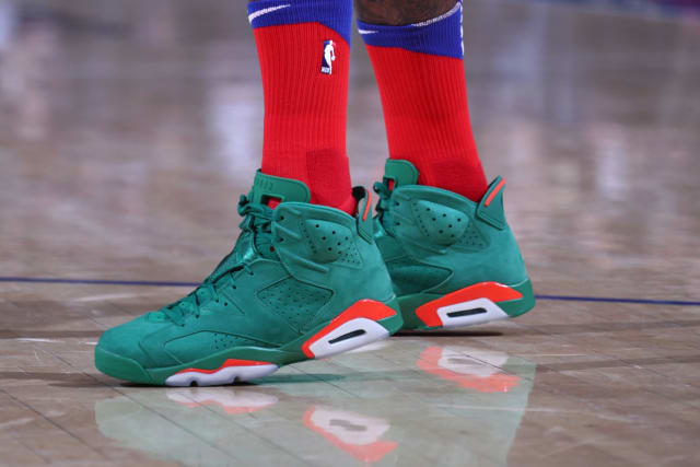 43692845159c39 NBA -- Which player had the best sneakers on Christmas Day