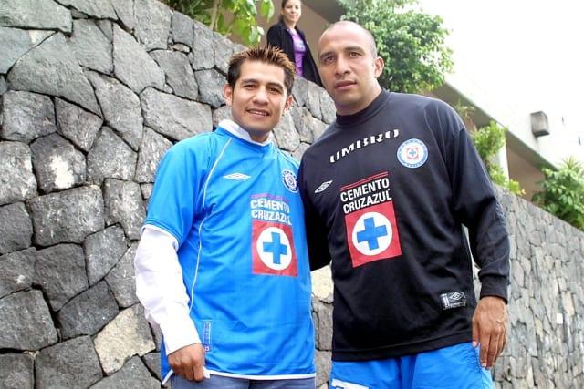 El hoy retirado boxeador mexicano, que fue siete veces campeón del mundo en tres divisiones diferentes, es cementero de corazón.