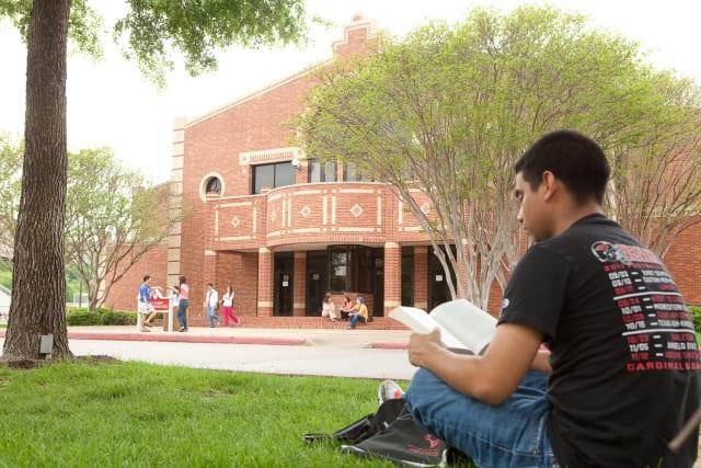 UIW, entre las mejores universidades de EU para latinos